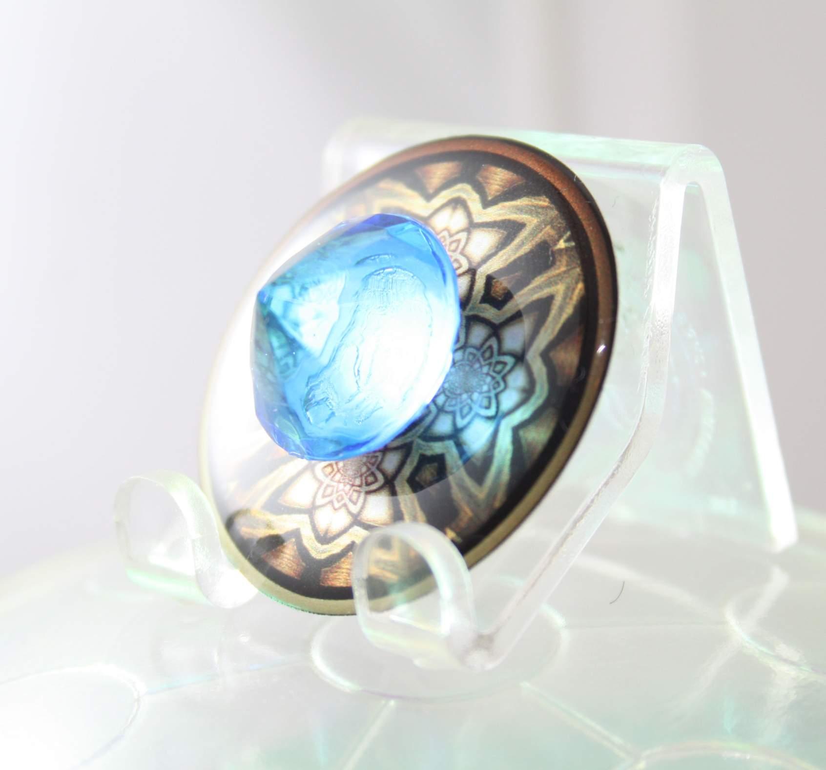 ancient_wisdom_protector-v02-singleflat-blue03