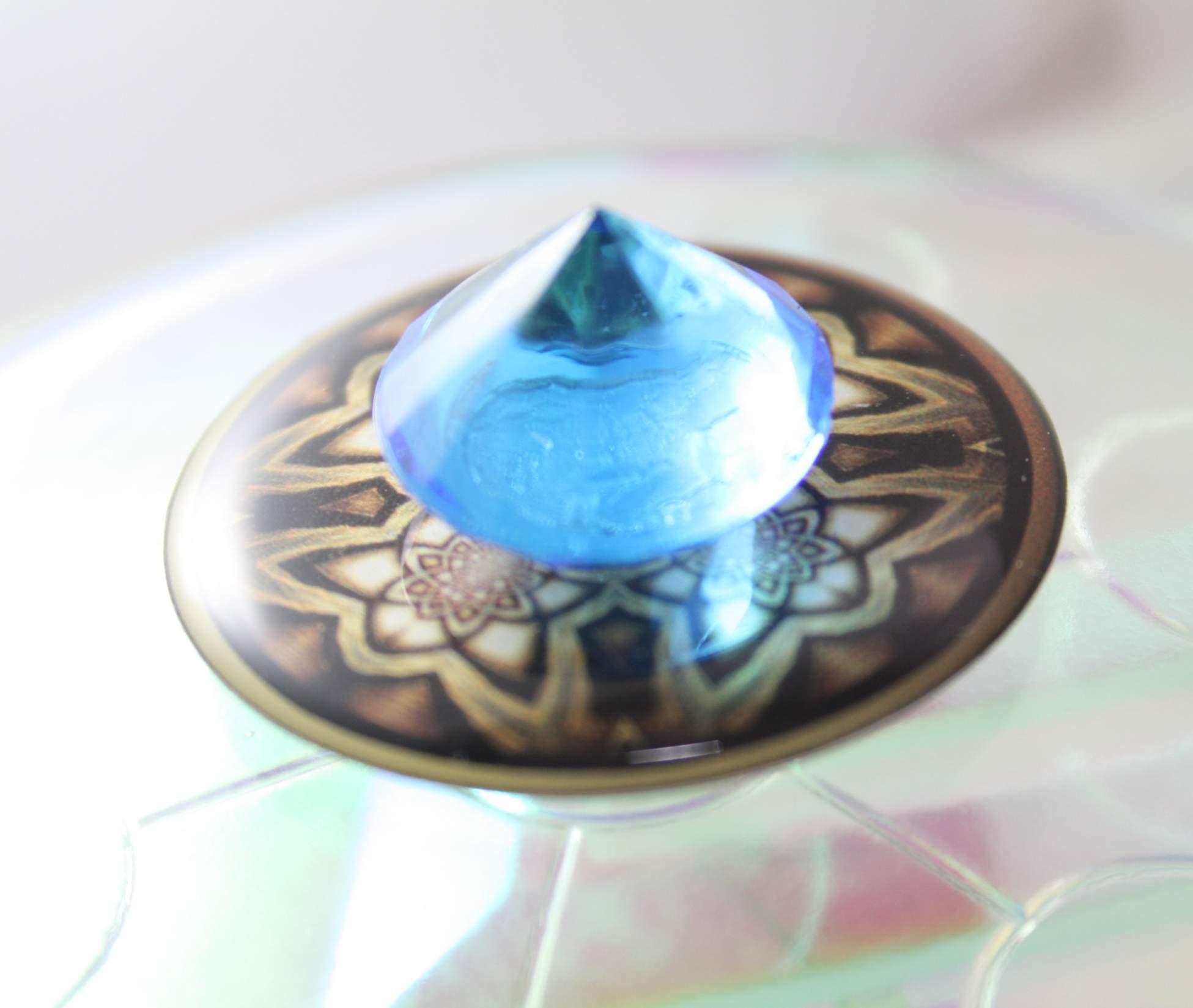 ancient_wisdom_protector-v02-singleflat-blue04