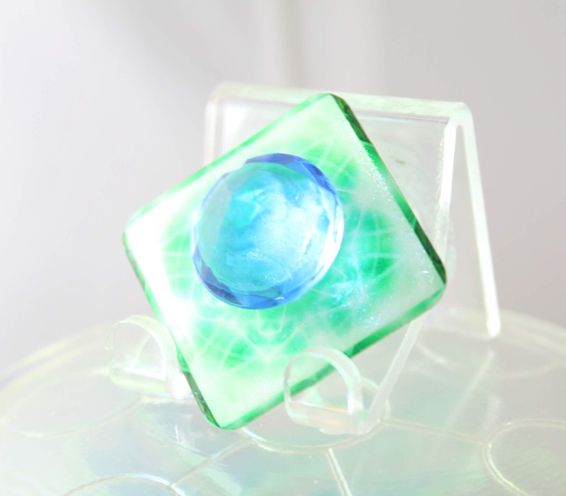 pure_infinite_green-singleflat-blue01