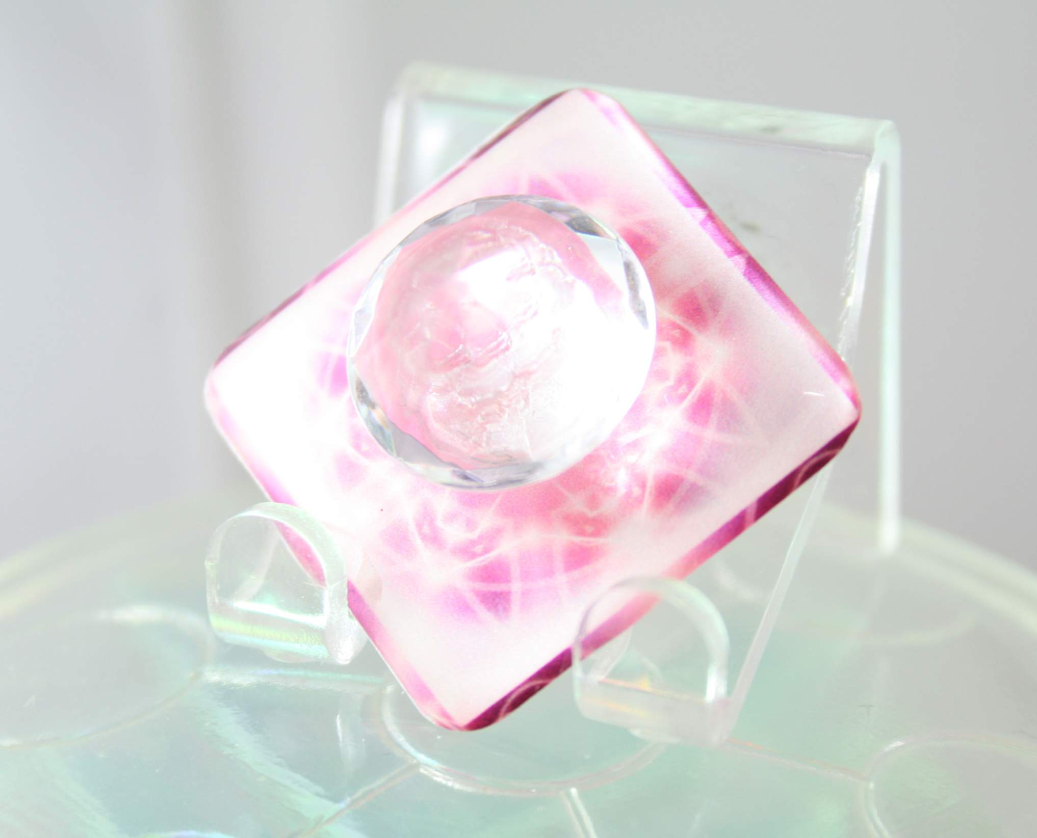 pure_infinite_pink-singleflat-clear01